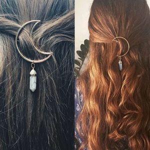 Accessories - Moon Gemstone Clip